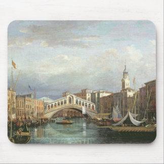 View of the Rialto Bridge in Venice Mouse Mat
