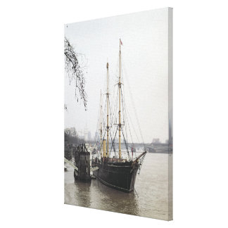 View of the River Thames with RRS Discovery Canvas Print
