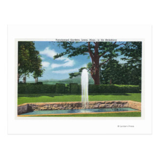 View of the Tanglewood Gardens and Fountain Postcard