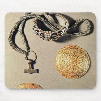 Viking jewellery TtoB LtoR Mouse Mat
