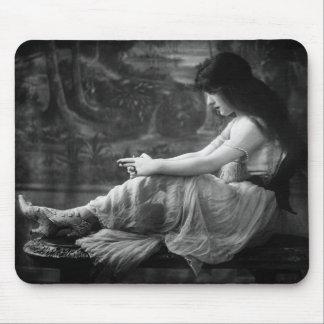 Vintage 1913 Evelyn Nesbit Mouse Mat