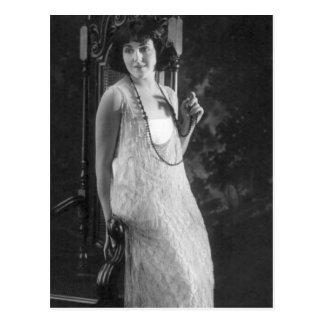 Vintage 1920s Women s Flapper Fashion Post Cards