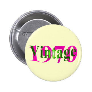 Vintage 1970 6 cm round badge
