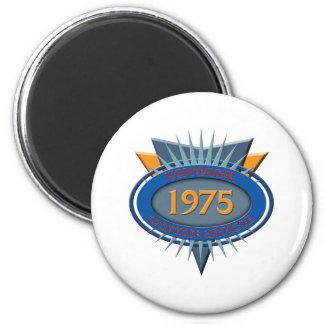 Vintage 1975 6 cm round magnet