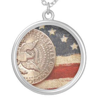 vintage 4th of july round pendant necklace