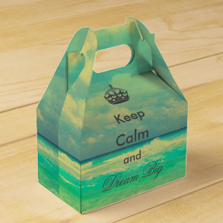 """vintage beach """"Keep Calm and Dream Big"""" quote Favour Box"""