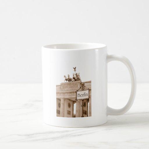 Vintage Berlin design Coffee Mugs