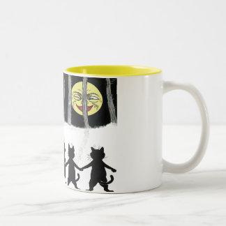 Vintage Black Cat Moon Gift Mug