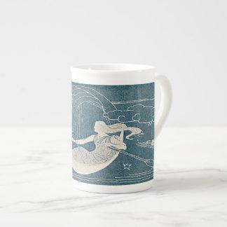 Vintage Blue White Moon Woman Luna Canoe Night Sky Tea Cup