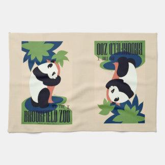 """Vintage """"Brookfield Zoo"""" hand towel"""
