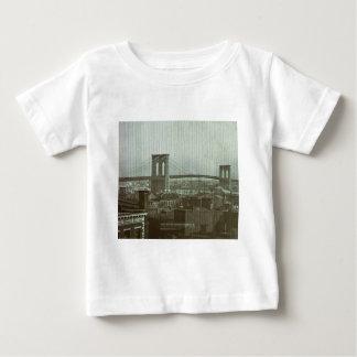 Vintage Brooklyn Bridge Glass Slide Tshirt