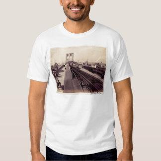 Vintage Brooklyn Bridge New York City T-shirts