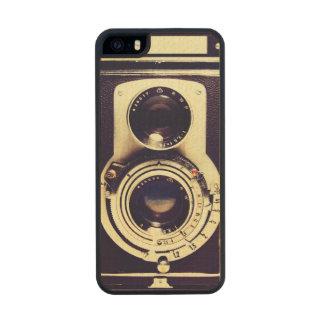 Vintage Camera Carved® Maple iPhone 5 Slim Case