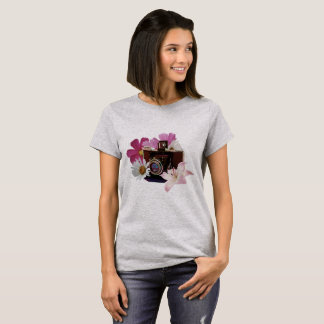 Vintage camera with flowers T-Shirt