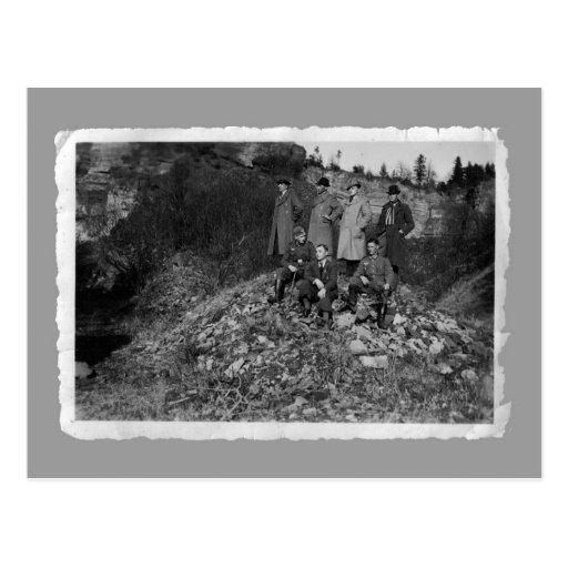 Vintage cards - WW2 men on hill Post Cards