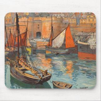 Vintage Cote d'Emeraude Saint Malo Port Tourism Mouse Mat