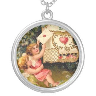 Vintage Cupids Angels Valentine Heart Sterling Sil Round Pendant Necklace