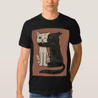Vintage Cute Kissing Cat Couple Art T-Shirt