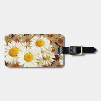Vintage daisies luggage tag