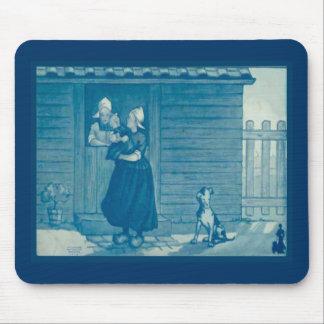 Vintage Dutch design 1905 Family gathering Mouse Pad