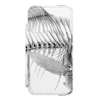 Vintage fish skeleton etching incipio watson™ iPhone 5 wallet case