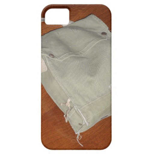Vintage Gas Mask Bag iPhone 5 Cover