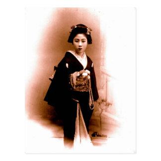 Vintage  Geisha of Kanegawa Postcard