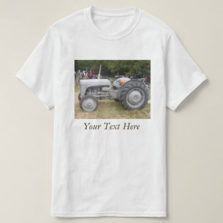 Vintage gray massey fergison tractor retro photo T-Shirt