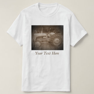 Vintage gray tractor retro antiqued sepia photo T-Shirt