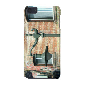 Vintage Green Street Lamp iPod Touch 5G Cases