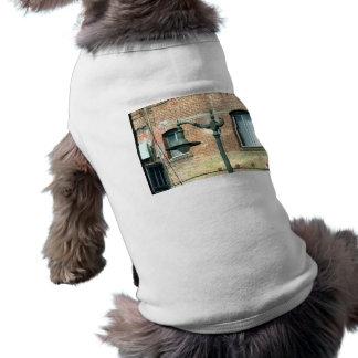 Vintage Green Street Lamp Doggie Tshirt