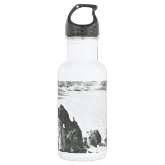 Vintage Greenland, out with the dogs 532 Ml Water Bottle
