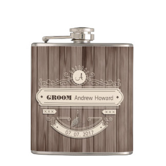 Vintage Groom Wedding Date Ornement Woody Flask