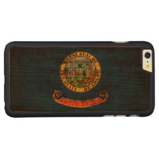Vintage Grunge State Flag of Idaho Carved® Cherry iPhone 6 Plus Case