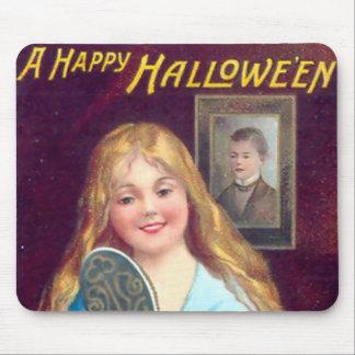 Vintage Halloween - Mirror Stranger Mousepad