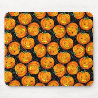 Vintage Halloween Pumpkin Pattern Mousepad