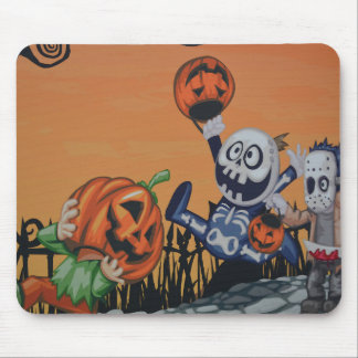 Vintage Halloween Scene Mouse Pads