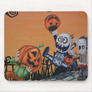 Vintage Halloween Scene Mouse Pads
