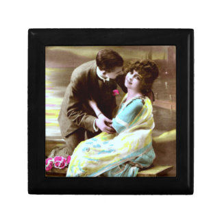 Vintage Happy Young Lovers Small Square Gift Box