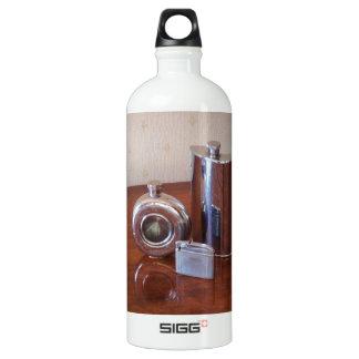 Vintage Hip Flasks And Lighter SIGG Traveller 1.0L Water Bottle