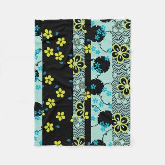 Vintage Japanese Floral Kimono Pattern Fleece Blanket