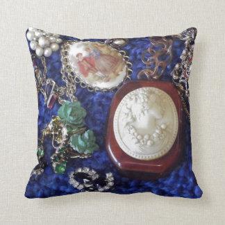 Vintage Jewelry Cushion
