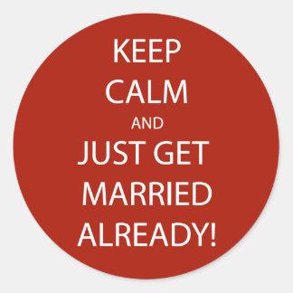 Vintage KEEP CALM  GET MARRIED Round Sticker
