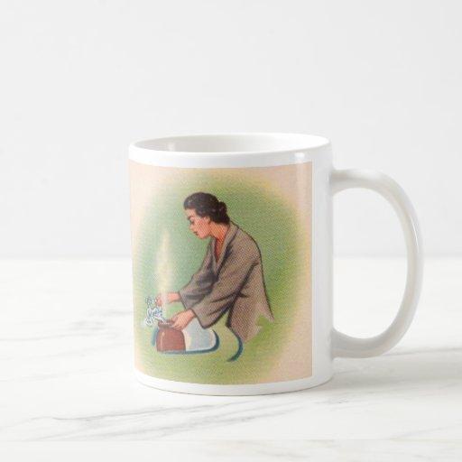 Vintage Kitsch Suburbs Housewife Tea Kettle Coffee Mugs