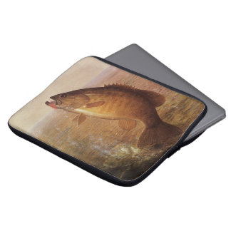 Vintage Largemouth Brown Bass Fish, Sports Fishing Laptop Sleeves