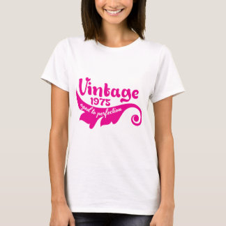 Vintage LEAF aged to perfection 1975 pink T-Shirt