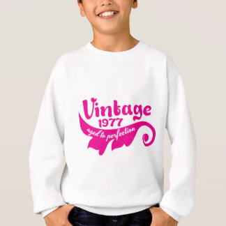 Vintage LEAF aged to perfection 1977 pink Sweatshirt