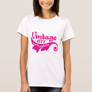 Vintage LEAF aged to perfection 1977 pink T-Shirt