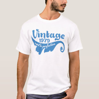 Vintage LEAF aged to perfection 1979 blue.ai T-Shirt