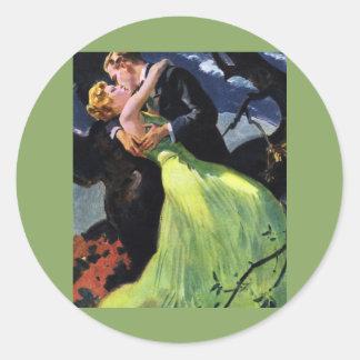 Vintage Love and Romance, Romantic Kiss Classic Round Sticker